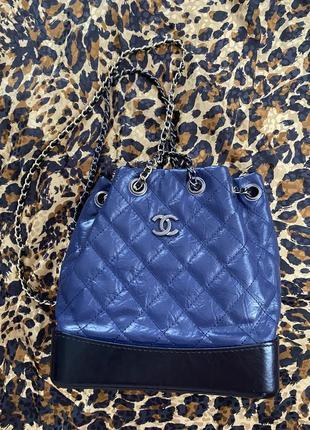 Продам сумочку-рюкзак в стиле chanel