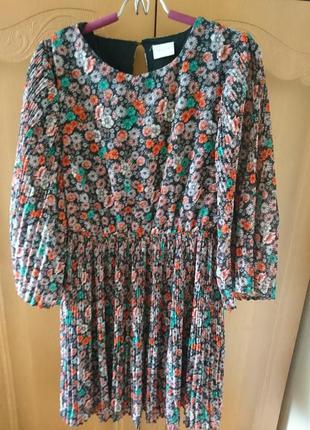 Плиссированое платье