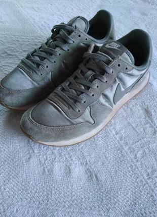 Nike кроссовки, internationalist, металлик