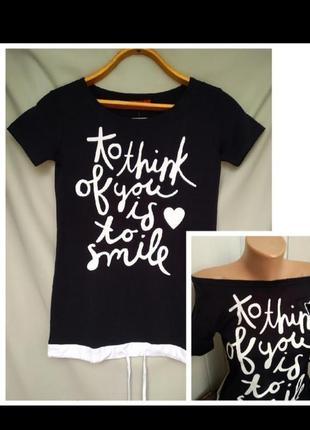 Черная удлиненная женская футболка с надписью футболка с приспущенным плечем турция