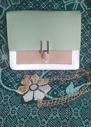 Зеленая женская сумка клатч с длиной ручкой. сумочка для дівчини.