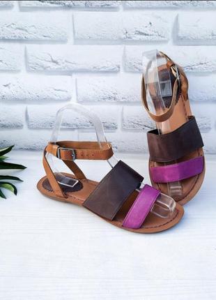 Кожаные босоножки clarks. сандали