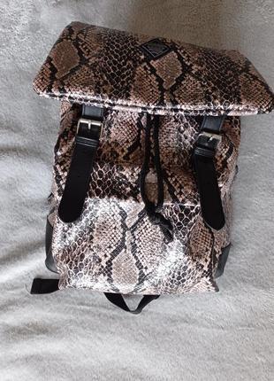 Рюкзак анималистический принт змеиный cropp