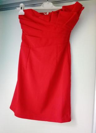 Маленькое красное платье вечернее,