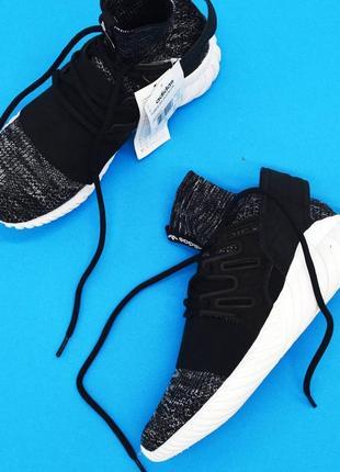 Кроссовки adidas tubular оригинал ( размер 40,41,44 )