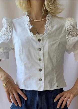 Блуза з мереживом жіноча