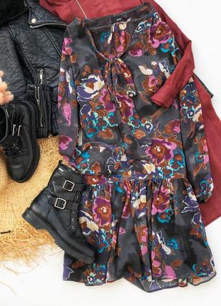 Шифоновое цветочное ярусное платье мини в цветочный принт