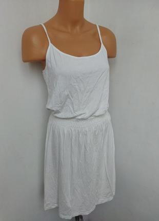 Базовое платье h&m.