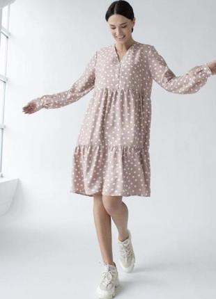Сукня вільного фасону в горошок