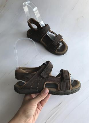 Оригінальні дитячі сандалі timberland