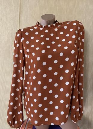 Актуальная блуза в горох