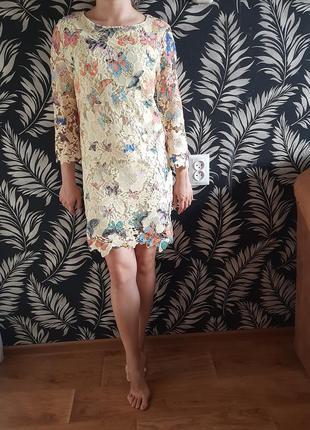 Платье мини с узором 42 размер