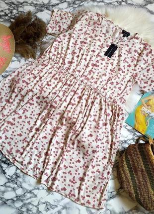 Новое с биркой!!! красивое нежное платье в цветы размер 4хl-5xl