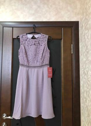 Брендовое нарядное платье с этикеткой р-р s/44 наш