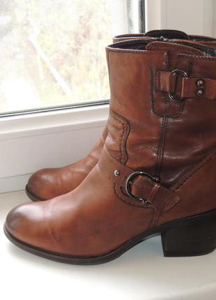 Кожаные ботинки полусапожки clarks осень-еврозима р.40 (26 см) евро 6,5