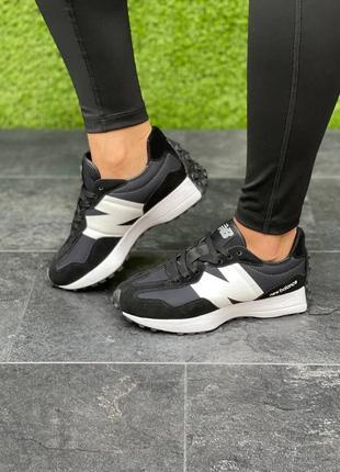 Женские чёрные кроссовки new balance 327 black чёрного цвета замшевые