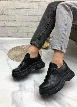 36-41 рр женские кроссовки на высокой платформе черные натуральная кожа