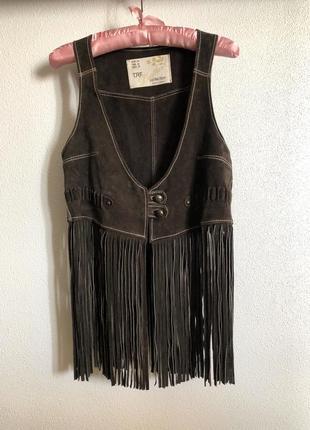 Винтажный  кожаный жилет с бахромой  trf leather collection m