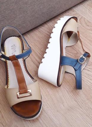 Босоножки р.39(25.5см) босоніжки сандалі