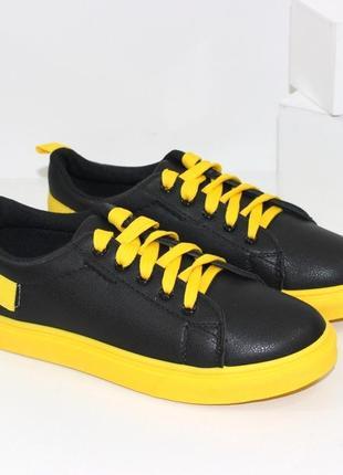 Кроссовки кеды криперы женские черные с желтыми вставками