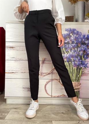 Чёрные классические чёрные зауженные брюки на высокой посадке 1+1=3
