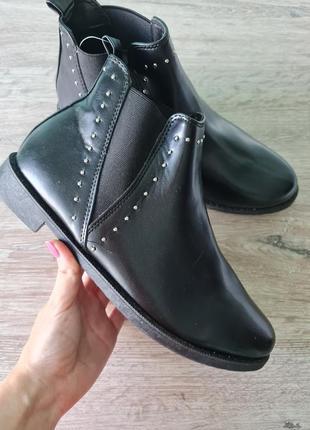 Челси сапожки ботинки c&a черевики чоботи