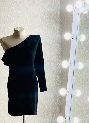 Шикарное чёрное мини платье