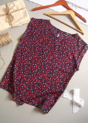 Блуза без рукавов в бабочки s m l