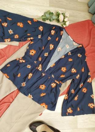Интересный пиджачок-жакет р 40-42