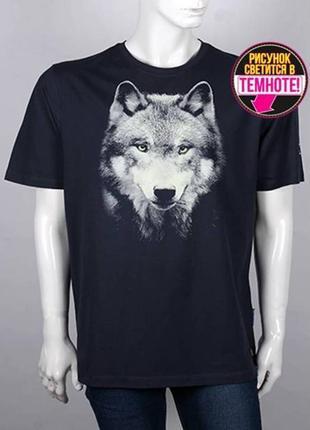 Мужская футболка, волк светится в темноте, размер батал