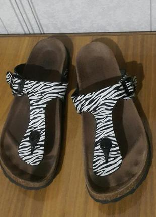 Шлепки зебра въетнамки кожа