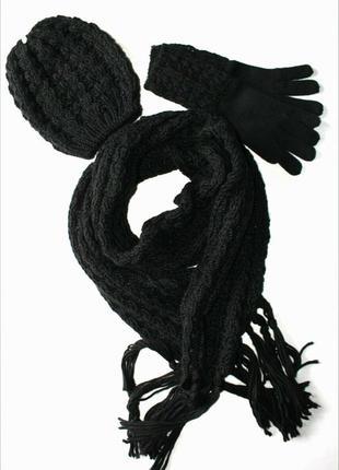 Тёплый комплект шапка+шарф+перчатки от takko fashion accessories.