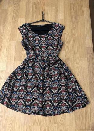 Красивейшее стильное летнее платье от mela london. принт р-р м