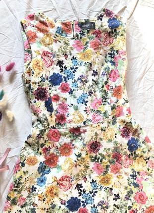 Шикарное платье в цветочный принт в стиле винтаж хлопок2 фото