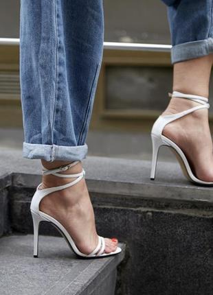 Шикарные кожаные белые босоножки каблук 10 см 🤍