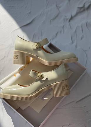 Туфли женские в стиле dior