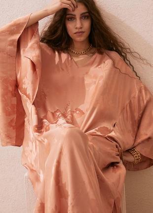 Платье-кафтан с жаккардовым узором h&m,p.xs-s-m-l