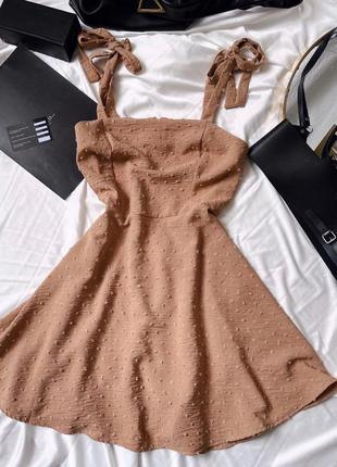 Стильное платье на завязочках в наличии в цветах