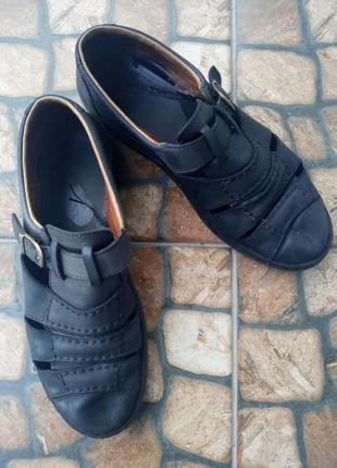 Туфлі, босоножки, босоніжки, сандалі2 фото