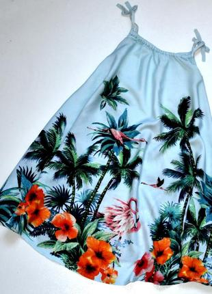 Next голубое платье на бретелях в тропический принт. 6 лет
