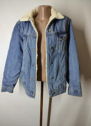 Джинсовая утепленная куртка шерпа с мехом
