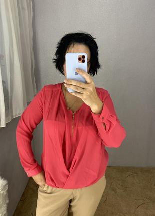 Красивая интересная блуза