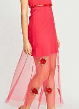Новое нарядное платье с вышивкой на сетке размера l