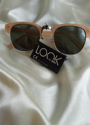 Сонцезахисні окуляри look