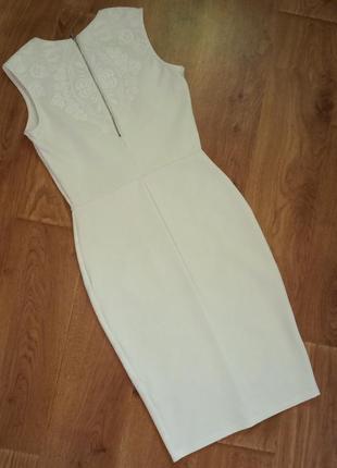 Белое платье футляр миди с набивным кружевом river island размер 443 фото