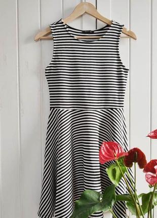 Платье в полоску от river island, размер m/l