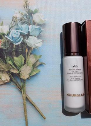 Праймер / база для лица hourglass veil mineral primer