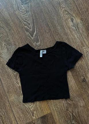 Черный топ - футболка