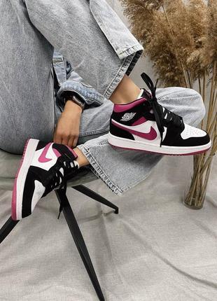 Новые женские легкие кроссовки кеды высокие nike air jordan кожаные найк розовые