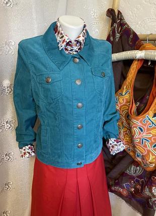 Яркая вельветовая курточка пиджак кардиган